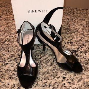 Nine West Jendavio Heels- Black Leather
